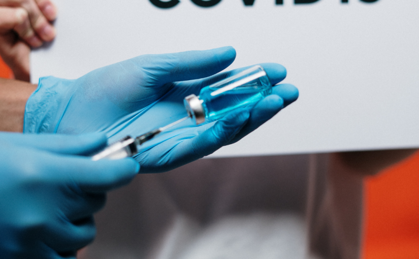 Should You Get the COVID Vaccine if You're Trying to Get Pregnant?